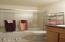 196 Ne 57th Street, Newport, OR 97365 - Bathroom
