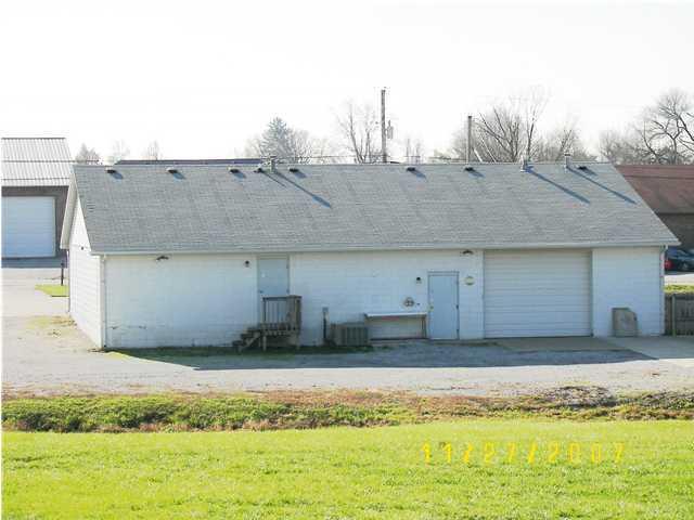 3399 Burkland Blvd, Shepherdsville, Kentucky 40165, 2 Bedrooms Bedrooms, 5 Rooms Rooms,1 BathroomBathrooms,Residential,For Sale,Burkland,1380465