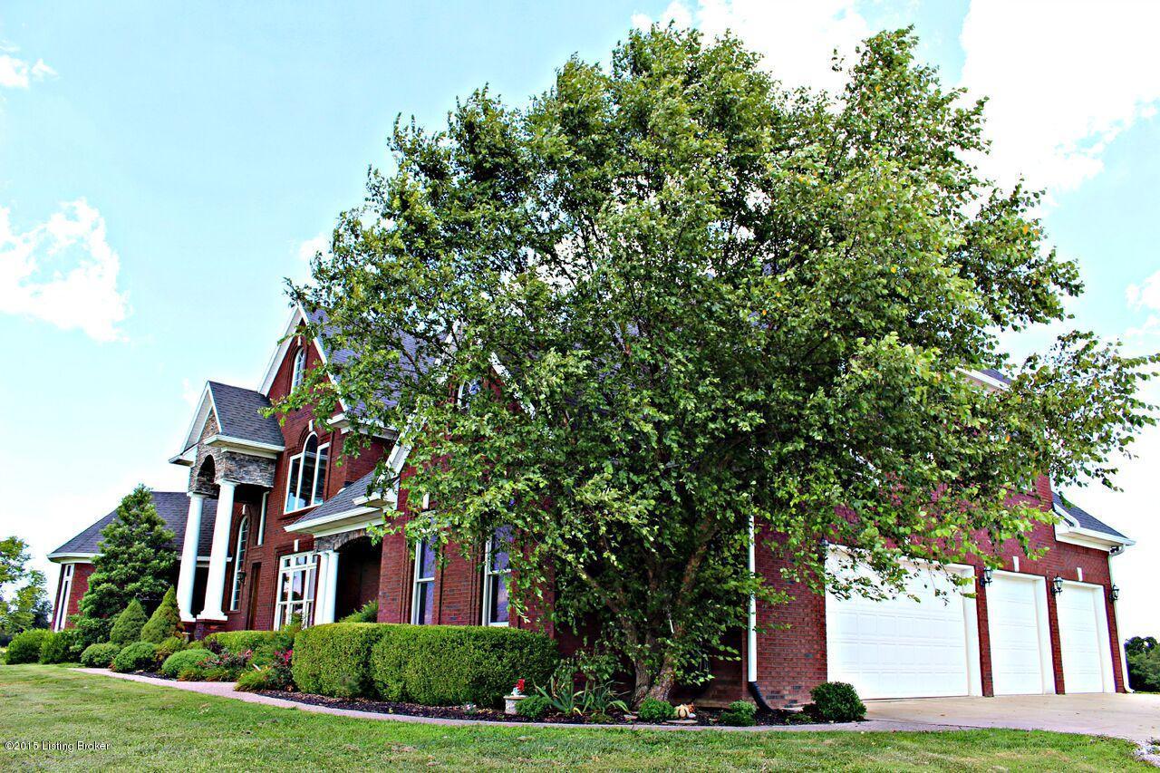 3661 Taylorsville Rd, Shelbyville, Kentucky 40065, 6 Bedrooms Bedrooms, 15 Rooms Rooms,6 BathroomsBathrooms,Residential,For Sale,Taylorsville,1469706