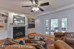 1106 BENTWOOD PLACE CT, LOUISVILLE, KY 40207  Photo