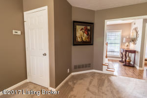 13705 WILLOW REED DR, LOUISVILLE, KY 40299  Photo