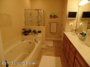 3236 RIDGE BROOK CIR, LOUISVILLE, KY 40245  Photo