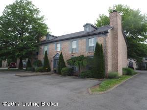 3801 CHAMBERLAIN LN #C, LOUISVILLE, KY 40241  Photo