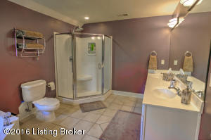 10800 BLACKSMITH RD, LOUISVILLE, KY 40291  Photo