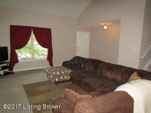 5319 OLDSHIRE RD, LOUISVILLE, KY 40229  Photo