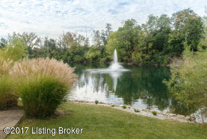 3010 CRYSTAL WATERS WAY, LOUISVILLE, KY 40299  Photo