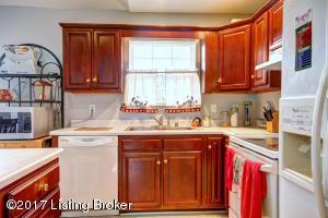 10408 SANDBOURNE WAY, LOUISVILLE, KY 40241  Photo