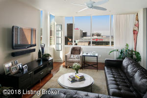 222 E WITHERSPOON ST #1502, LOUISVILLE, KY 40202  Photo