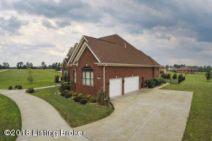 2922 HARRODS CROSSING BLVD, CRESTWOOD, KY 40014  Photo