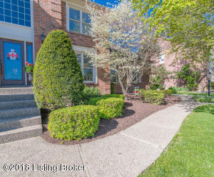 934 LAKE FOREST PKWY, LOUISVILLE, KY 40245  Photo
