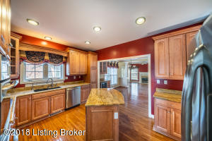 4012 WHITE BLOSSOM ESTATES CT, LOUISVILLE, KY 40241  Photo