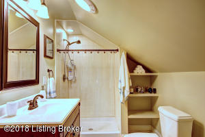 1824 SHADY LN, LOUISVILLE, KY 40205  Photo