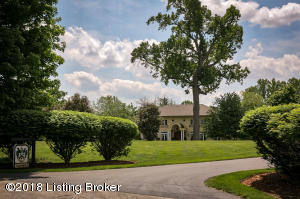 11300 NUTWOOD RD, LOUISVILLE, KY 40223  Photo