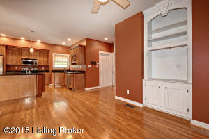 14000 MARY JANE DR, LOUISVILLE, KY 40272  Photo