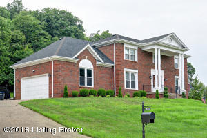 3400 HARDWOOD FOREST DR, LOUISVILLE, KY 40214  Photo