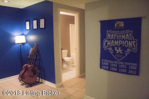 6708 TIMBERBEND DR, LOUISVILLE, KY 40229  Photo