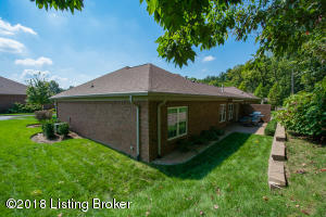 10716 RIVA RD, LOUISVILLE, KY 40223  Photo