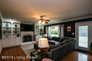 908 LAKE FOREST PKWY, LOUISVILLE, KY 40245  Photo