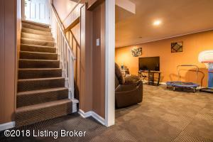 3324 FRONTIER TRAIL, LOUISVILLE, KY 40220  Photo