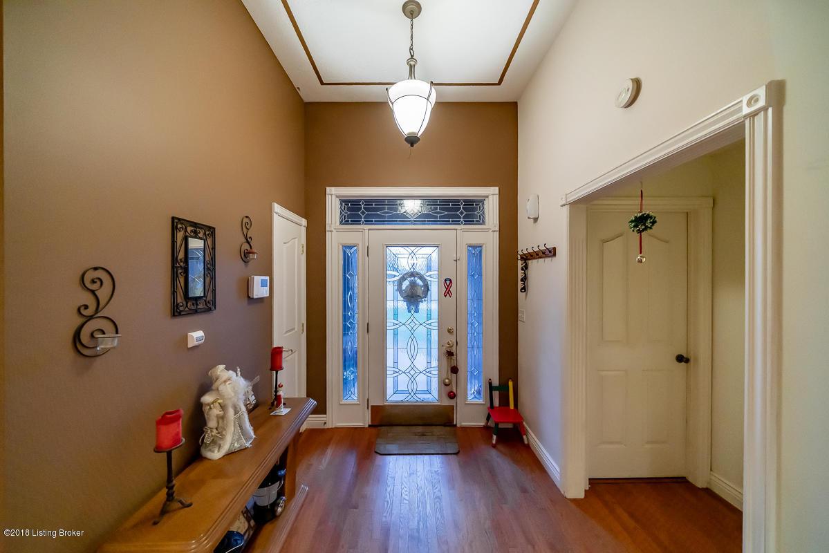 206 Blue Ash Dr, Shepherdsville, Kentucky 40165, 5 Bedrooms Bedrooms, 10 Rooms Rooms,4 BathroomsBathrooms,Residential,For Sale,Blue Ash,1521340