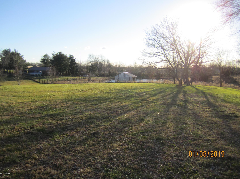 575 Morris Clark Rd, Waddy, Kentucky 40076, 3 Bedrooms Bedrooms, 8 Rooms Rooms,2 BathroomsBathrooms,Residential,For Sale,Morris Clark,1522802