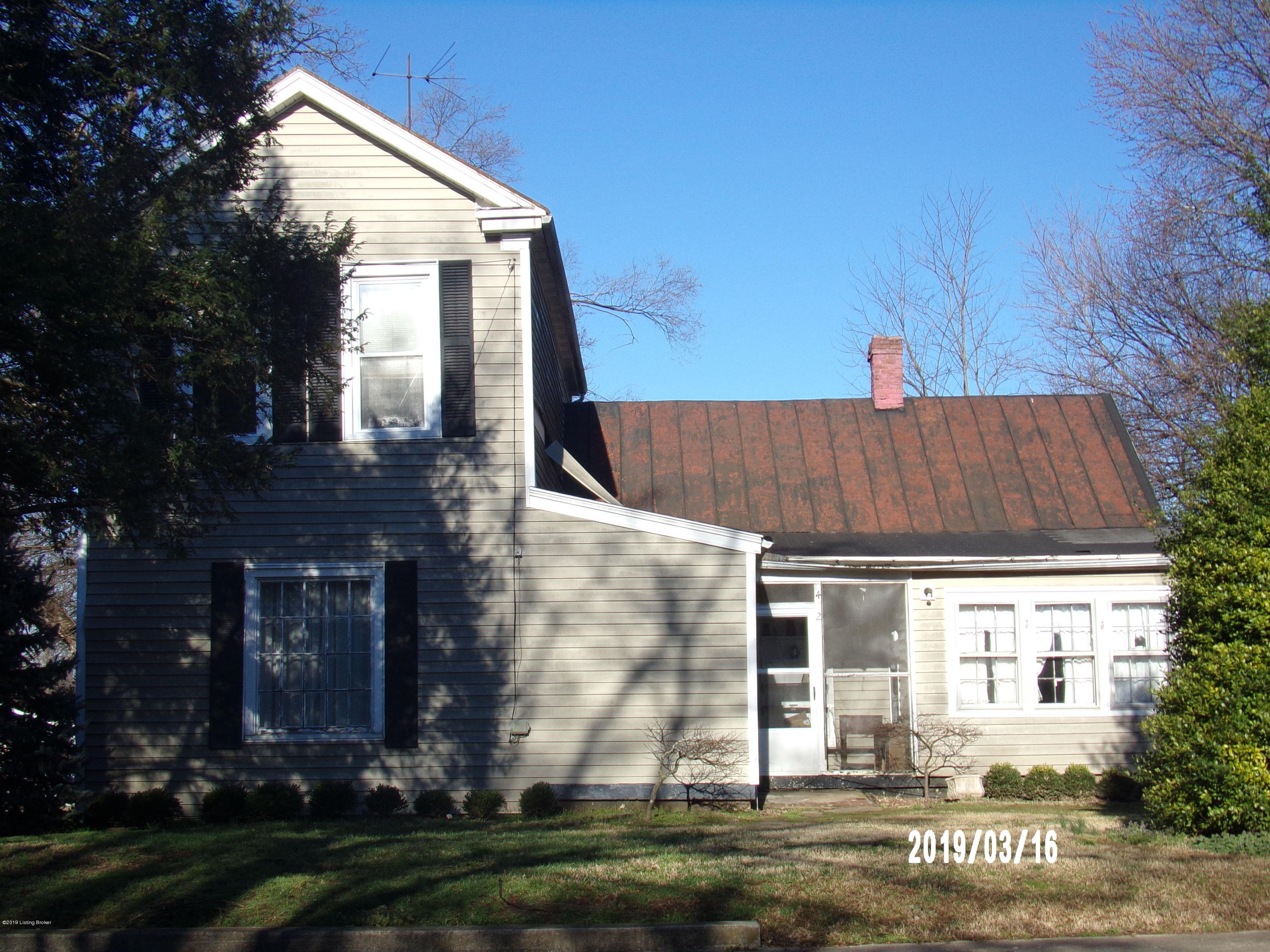 402 4th St, Bardstown, Kentucky 40004, 4 Bedrooms Bedrooms, 8 Rooms Rooms,2 BathroomsBathrooms,Residential,For Sale,4th,1526917