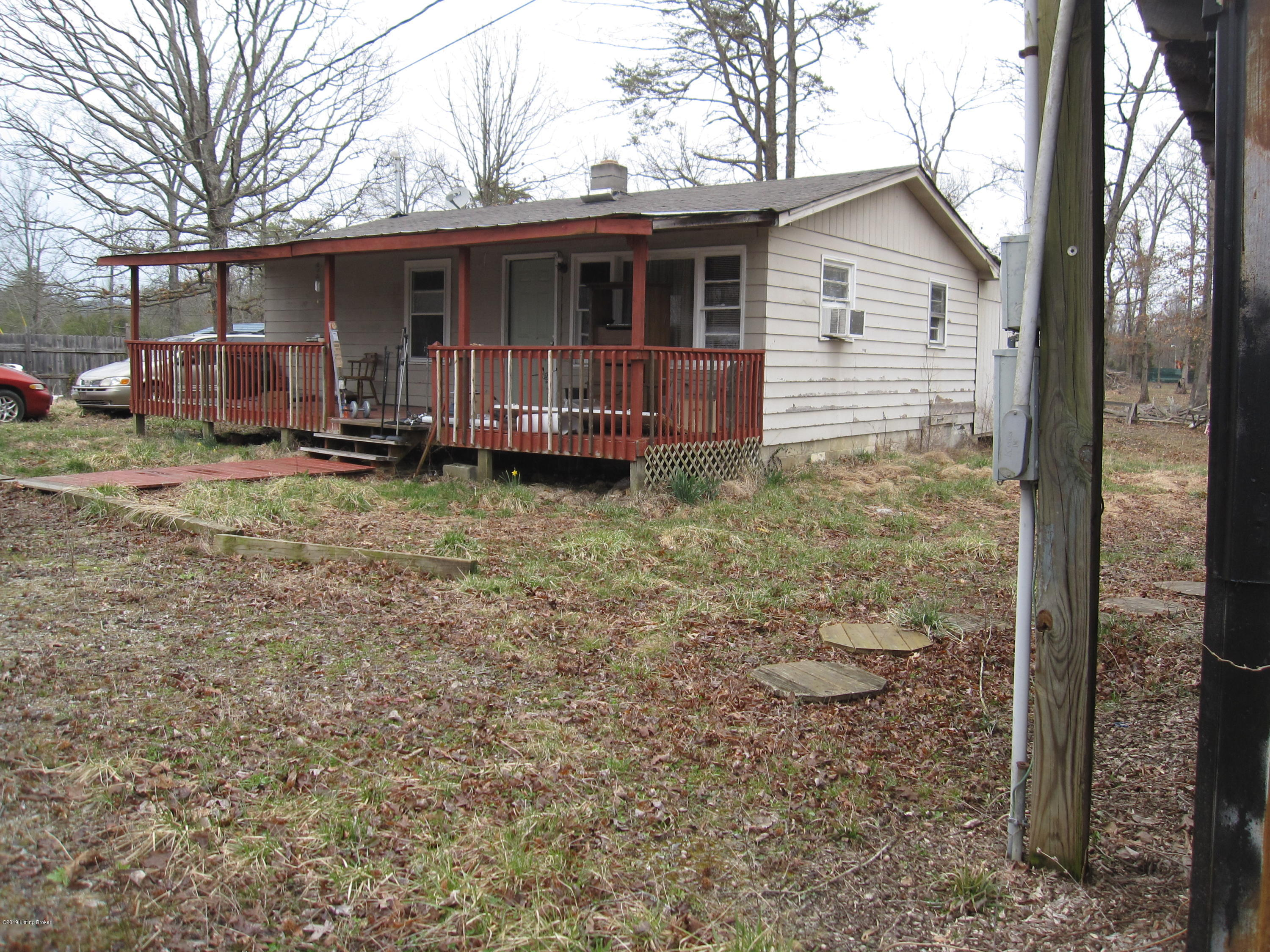 420 Pitts Point Rd, Shepherdsville, Kentucky 40165, 3 Bedrooms Bedrooms, 6 Rooms Rooms,1 BathroomBathrooms,Residential,For Sale,Pitts Point,1528089