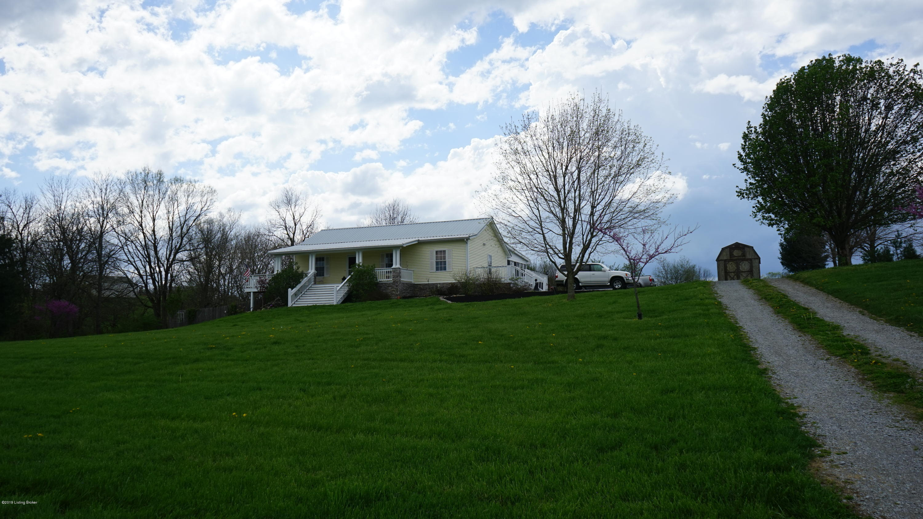 3720 Old Bloomfield Rd, Bardstown, Kentucky 40004, 2 Bedrooms Bedrooms, 9 Rooms Rooms,3 BathroomsBathrooms,Residential,For Sale,Old Bloomfield,1528318