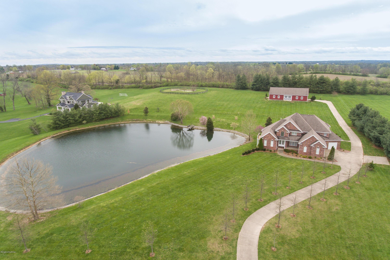 1100 Majestic Oaks Way, Simpsonville, Kentucky 40067, 5 Bedrooms Bedrooms, 14 Rooms Rooms,5 BathroomsBathrooms,Residential,For Sale,Majestic Oaks,1529432