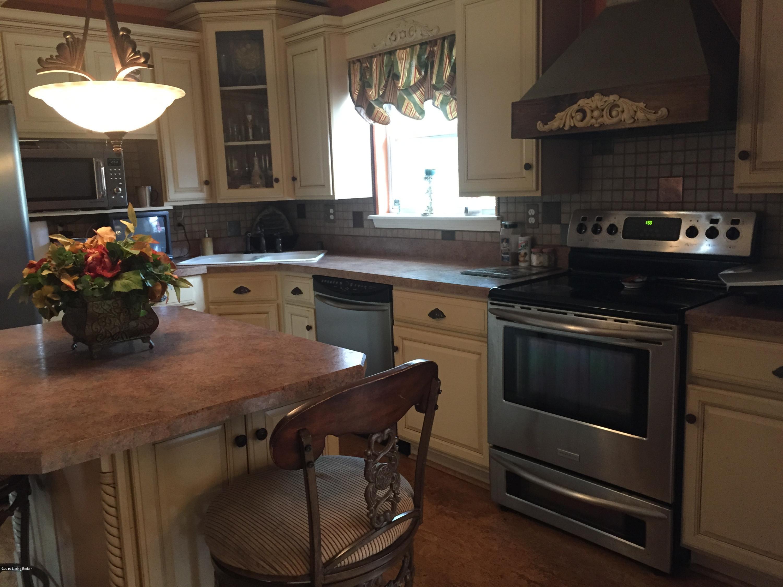123 Mill Falls St, Shepherdsville, Kentucky 40165, 4 Bedrooms Bedrooms, 12 Rooms Rooms,4 BathroomsBathrooms,Residential,For Sale,Mill Falls,1525843