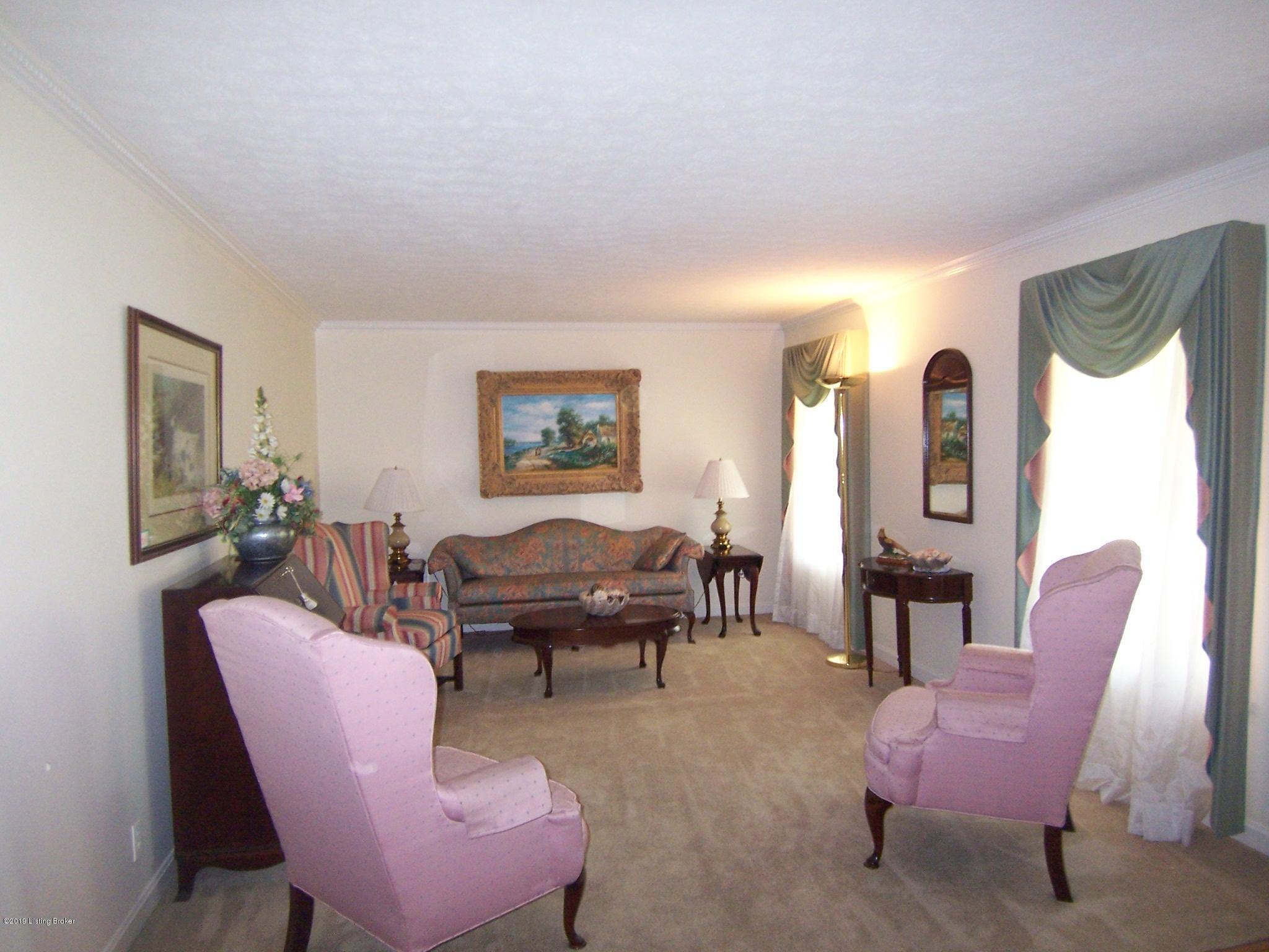 430 Bloomfield Rd, Bardstown, Kentucky 40004, 3 Bedrooms Bedrooms, 5 Rooms Rooms,3 BathroomsBathrooms,Residential,For Sale,Bloomfield,1529932