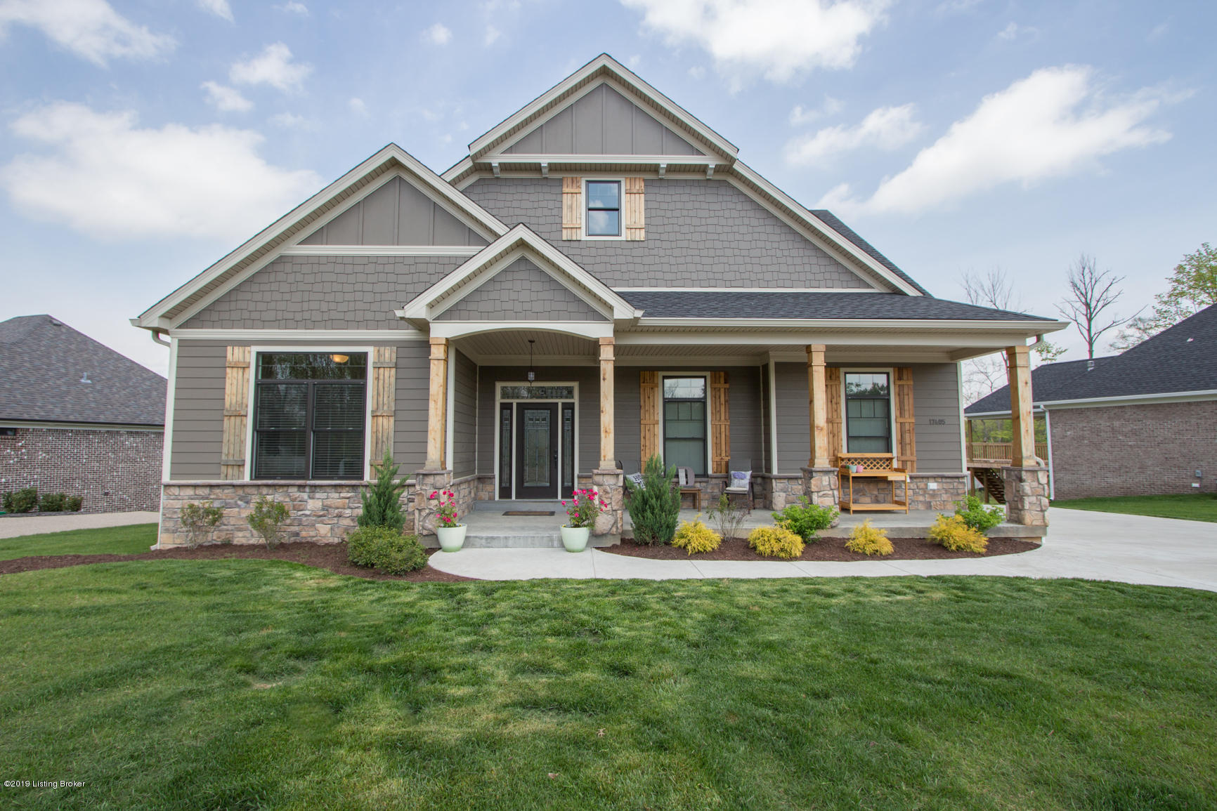 17405 Shakes Creek Dr, Fisherville, Kentucky 40023, 5 Bedrooms Bedrooms, 9 Rooms Rooms,3 BathroomsBathrooms,Residential,For Sale,Shakes Creek,1530450