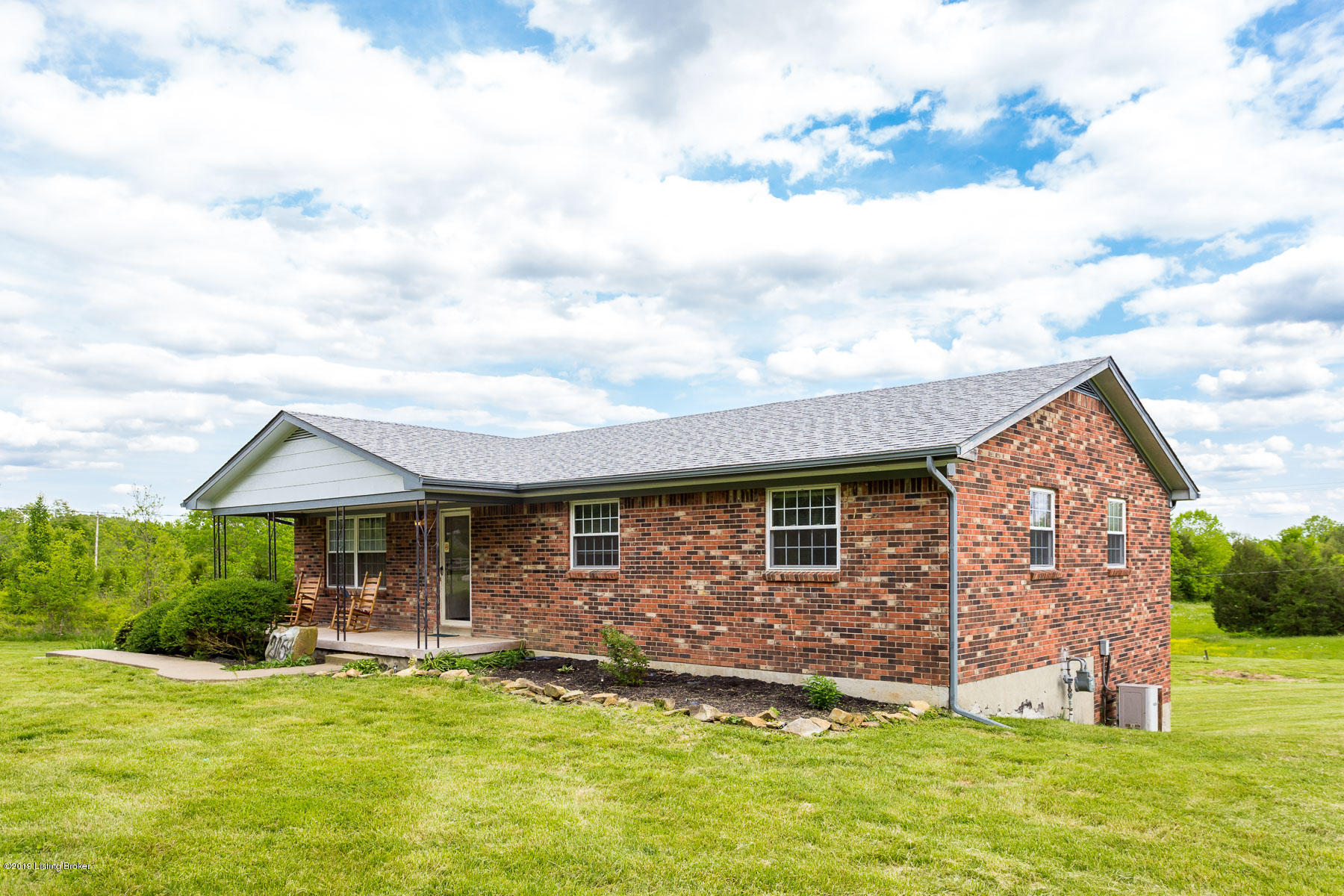 2059 Raymond Rd, Shepherdsville, Kentucky 40165, 4 Bedrooms Bedrooms, 10 Rooms Rooms,3 BathroomsBathrooms,Residential,For Sale,Raymond,1531564