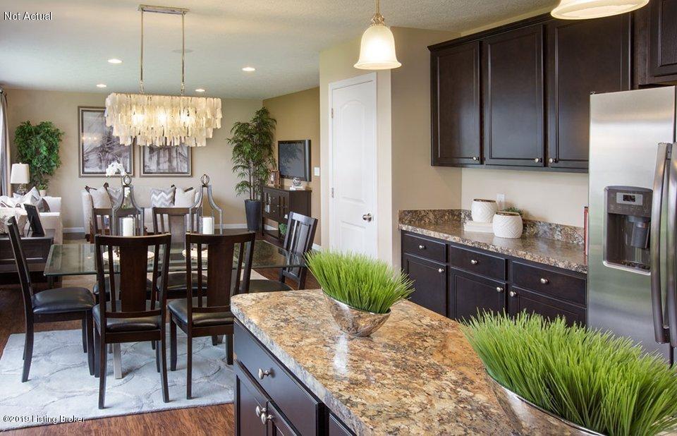 4071 Firestone Way, Shelbyville, Kentucky 40065, 3 Bedrooms Bedrooms, 10 Rooms Rooms,3 BathroomsBathrooms,Residential,For Sale,Firestone,1531461