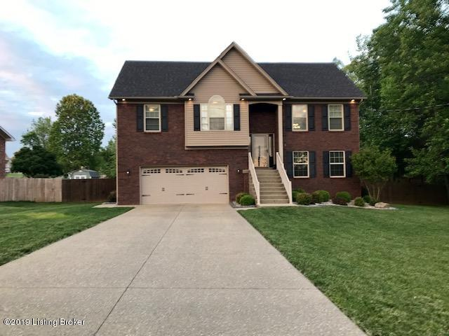 1024 DUBLIN Cir, Louisville, Kentucky 40229