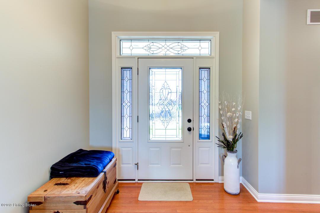 10703 Marceitta Ct, Louisville, Kentucky 40291, 3 Bedrooms Bedrooms, 9 Rooms Rooms,3 BathroomsBathrooms,Residential,For Sale,Marceitta,1532306