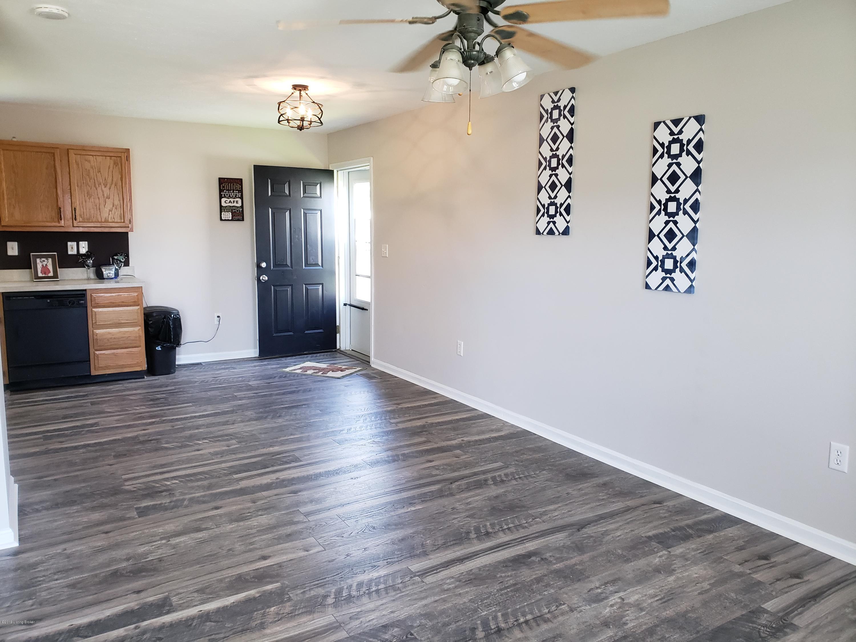 241 HALEY Ave, Shepherdsville, Kentucky 40165, 3 Bedrooms Bedrooms, 6 Rooms Rooms,2 BathroomsBathrooms,Residential,For Sale,HALEY,1532362