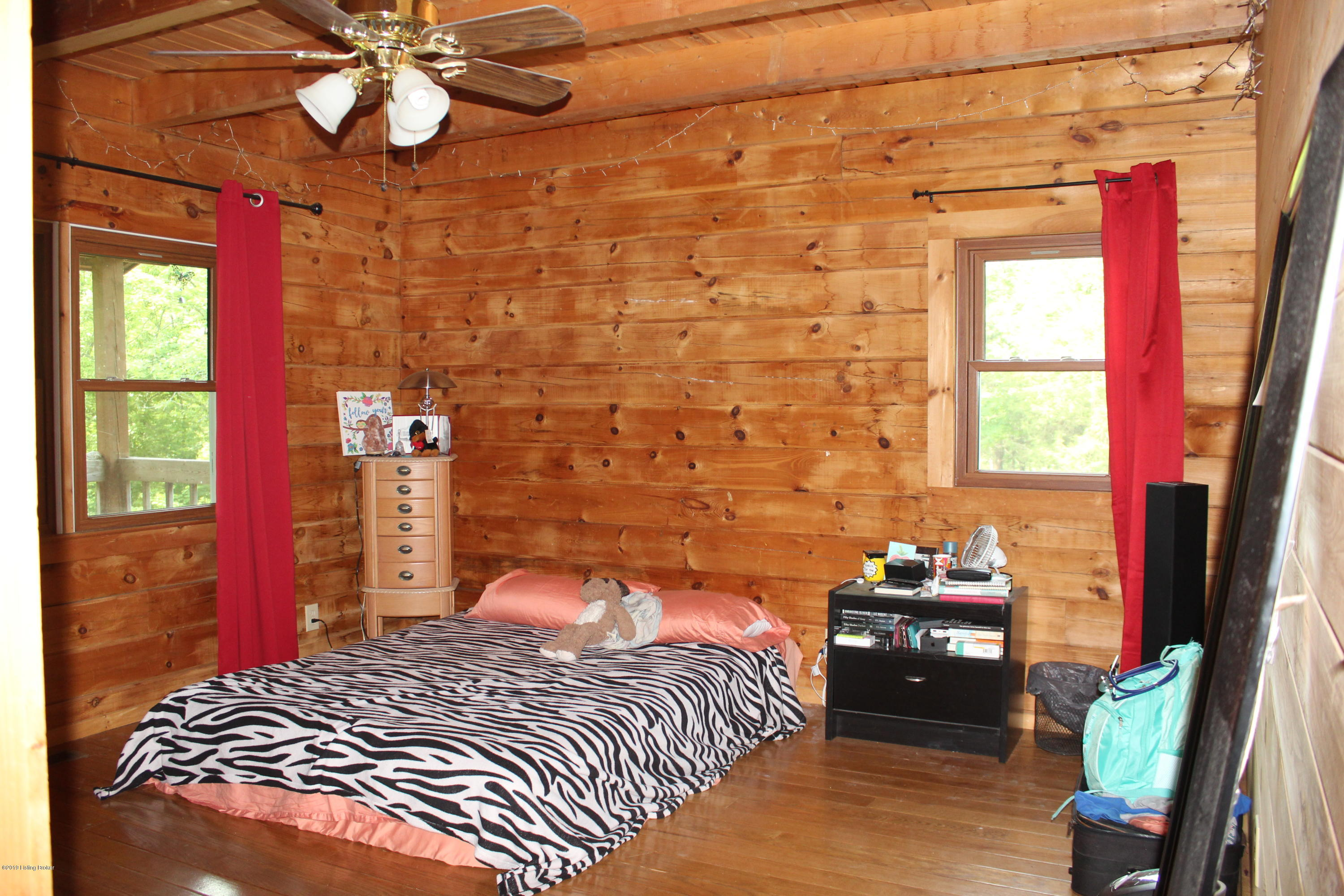 206 Hickory Ln, Bloomfield, Kentucky 40008, 3 Bedrooms Bedrooms, 6 Rooms Rooms,2 BathroomsBathrooms,Residential,For Sale,Hickory,1531326