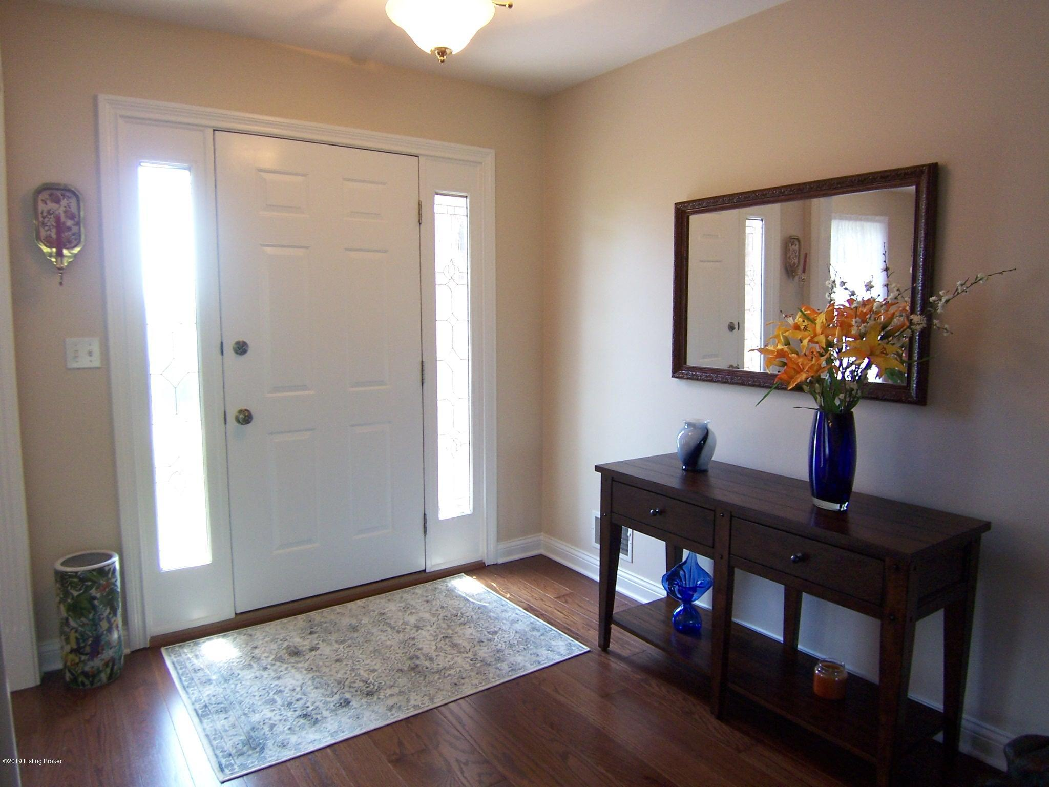 102 Warrington Dr, Bardstown, Kentucky 40004, 3 Bedrooms Bedrooms, 7 Rooms Rooms,2 BathroomsBathrooms,Residential,For Sale,Warrington,1532544