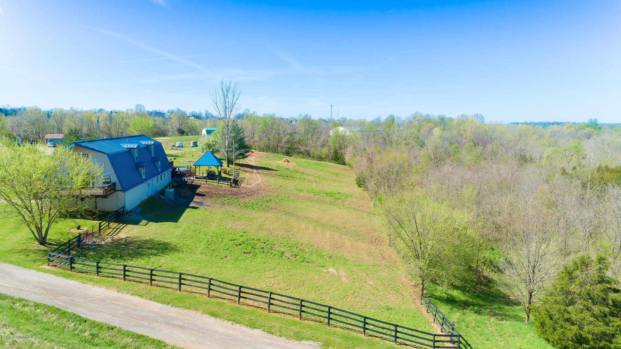 145 Hill Valley Dr, Taylorsville, Kentucky 40071, 5 Bedrooms Bedrooms, 11 Rooms Rooms,2 BathroomsBathrooms,Residential,For Sale,Hill Valley,1533376