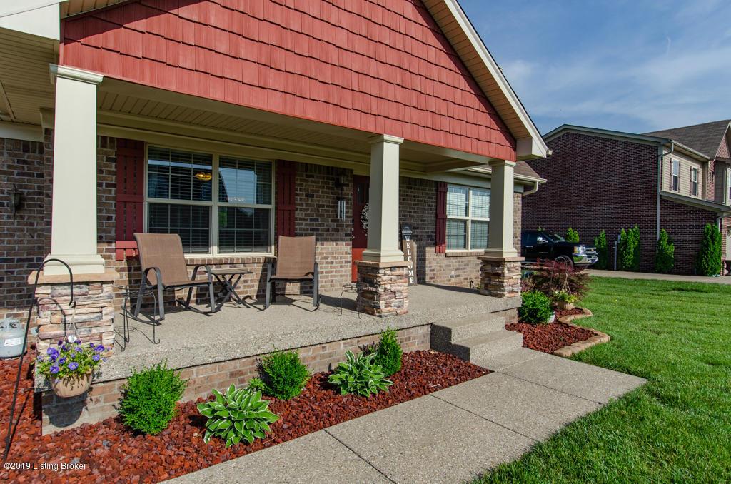 272 Cottonwood Dr, Shepherdsville, Kentucky 40165, 4 Bedrooms Bedrooms, 6 Rooms Rooms,3 BathroomsBathrooms,Residential,For Sale,Cottonwood,1533665
