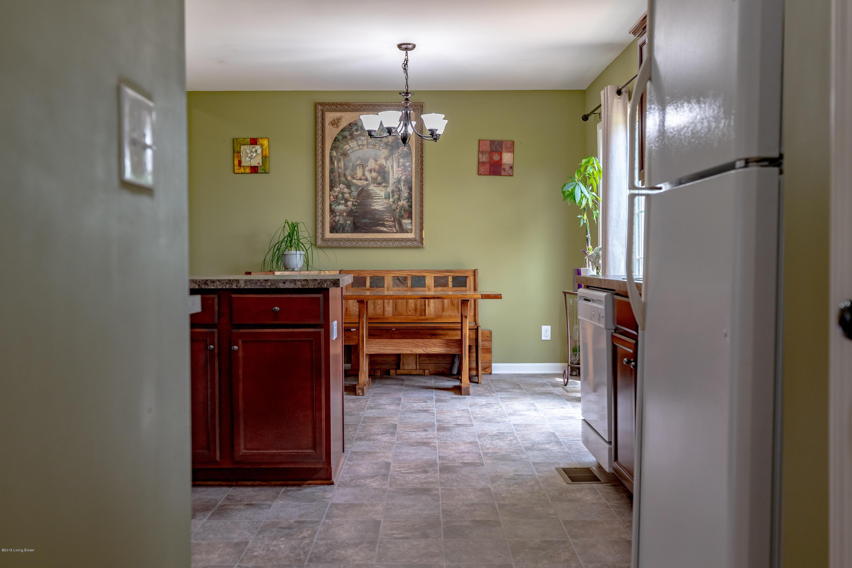 540 Berger Farm Dr, Mt Washington, Kentucky 40047, 4 Bedrooms Bedrooms, 7 Rooms Rooms,2 BathroomsBathrooms,Residential,For Sale,Berger Farm,1534102