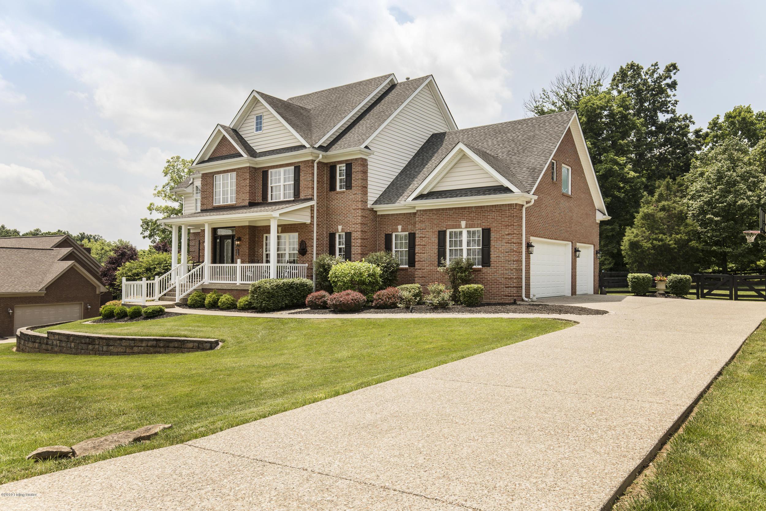 4815 Stanley Farm Ct, La Grange, Kentucky 40031, 6 Bedrooms Bedrooms, 16 Rooms Rooms,5 BathroomsBathrooms,Residential,For Sale,Stanley Farm,1534163