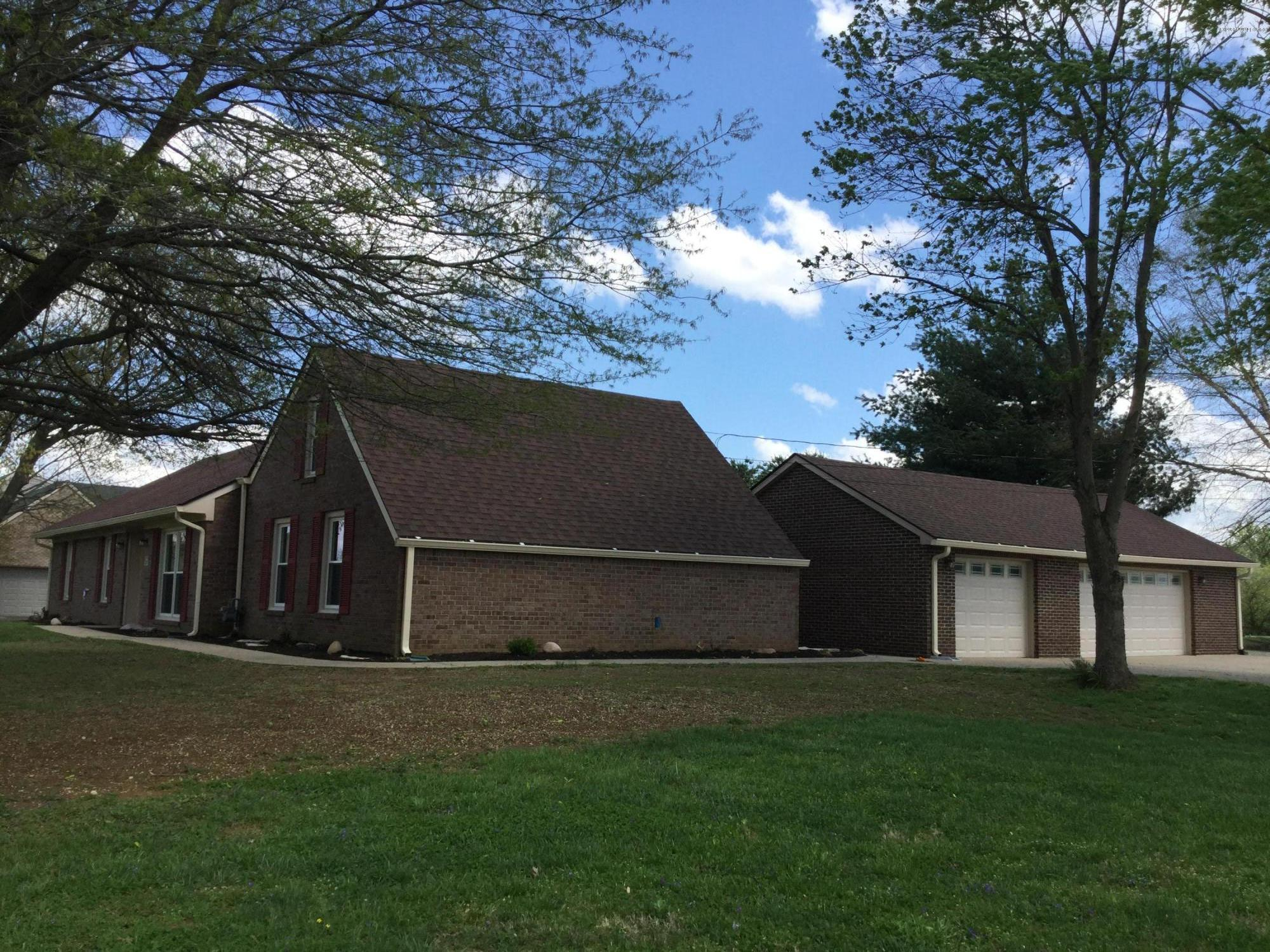 434 Cliffside Dr, Shepherdsville, Kentucky 40165, 4 Bedrooms Bedrooms, 10 Rooms Rooms,2 BathroomsBathrooms,Residential,For Sale,Cliffside,1534482