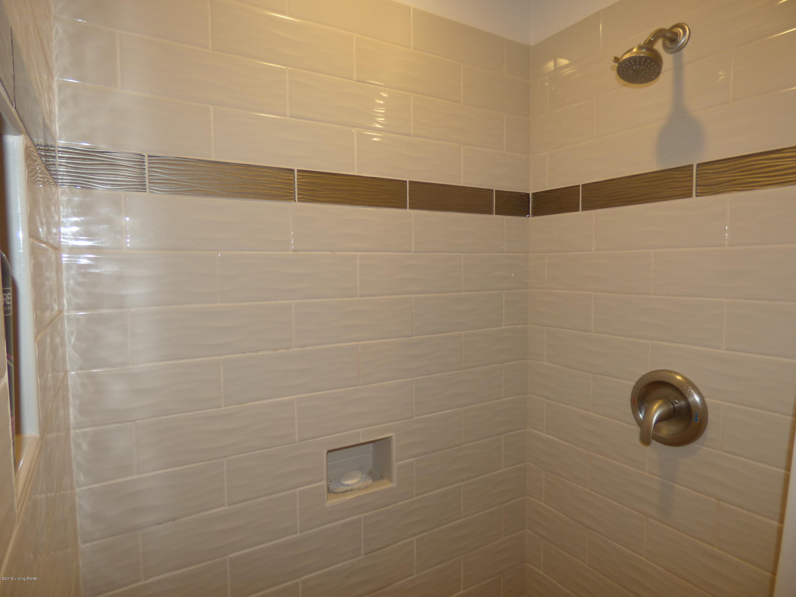 364 Parkland Trace, Mt Washington, Kentucky 40047, 3 Bedrooms Bedrooms, 8 Rooms Rooms,3 BathroomsBathrooms,Residential,For Sale,Parkland,1524120