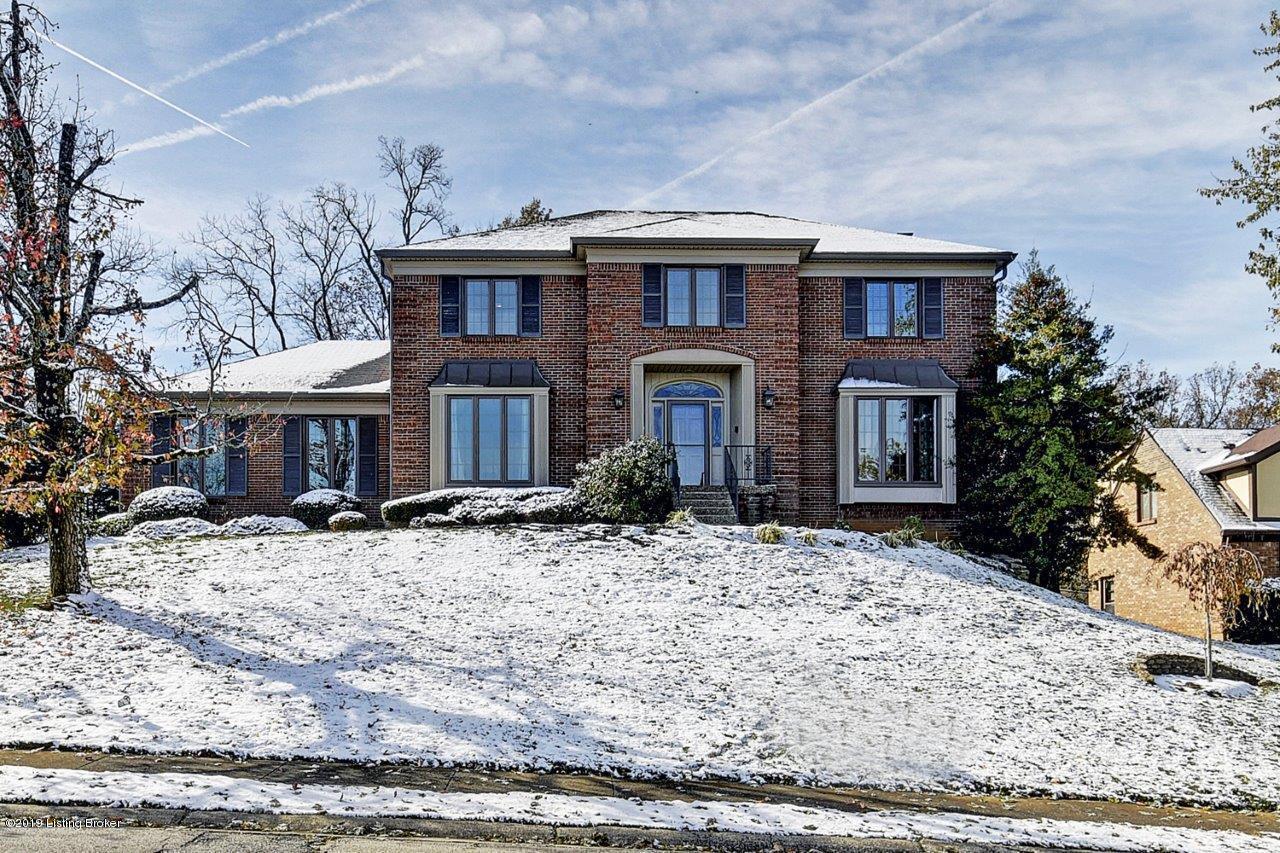 2400 Phoenix Hill Dr, Louisville, Kentucky 40207