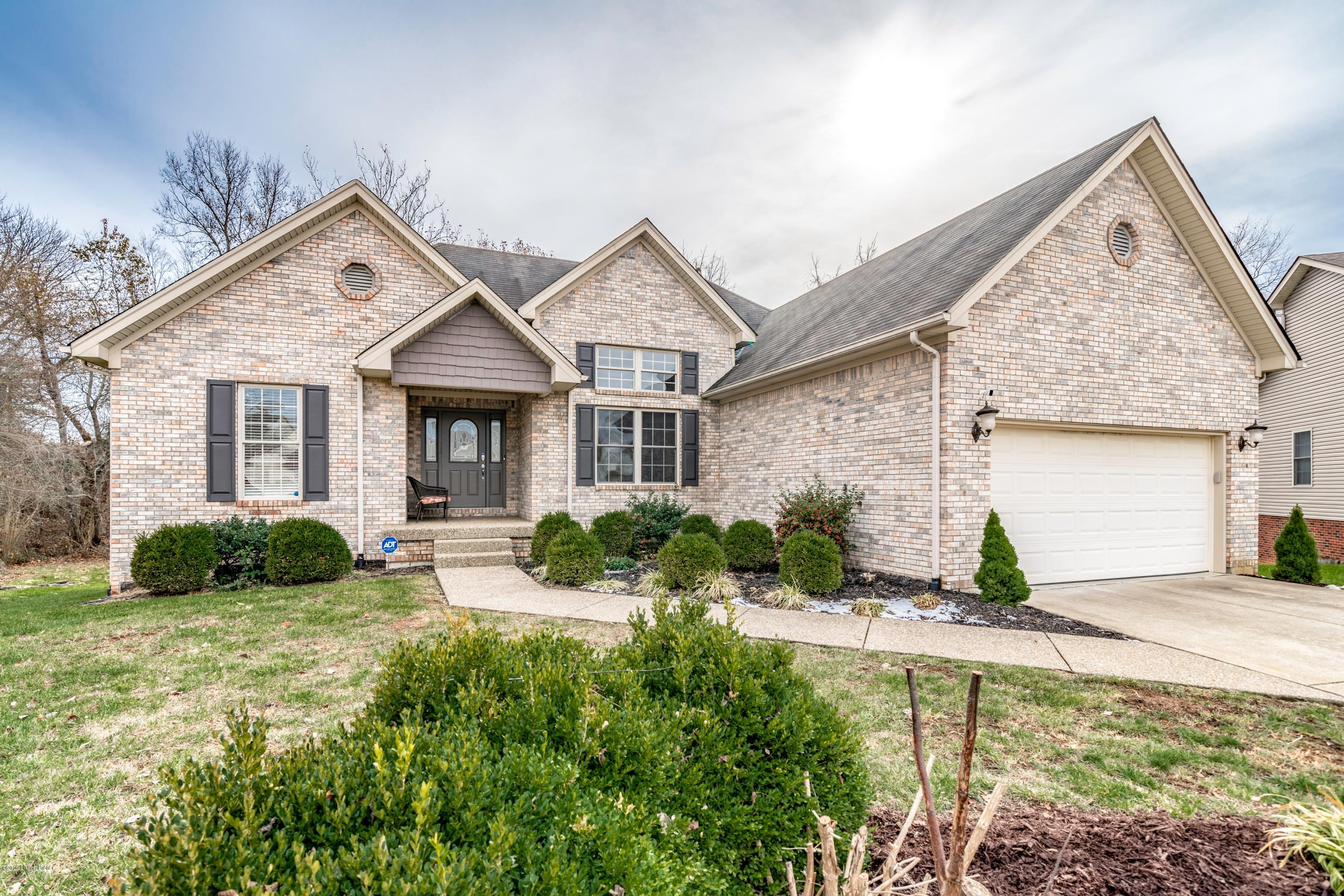 7401 Cove Way, Georgetown, Indiana 47122