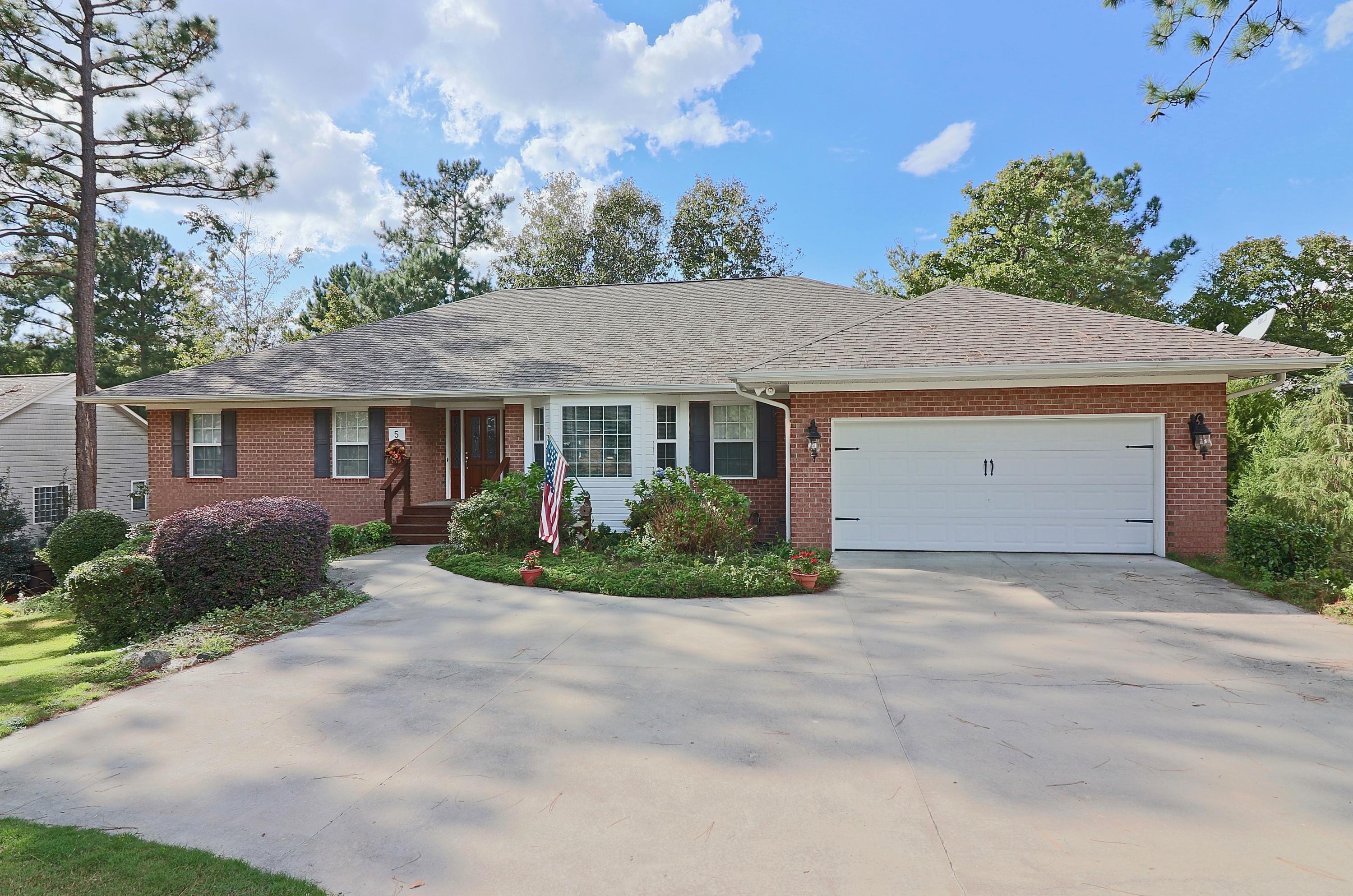 5 S Catalpa Lane, Pinehurst in Moore County, NC 28374 Home for Sale