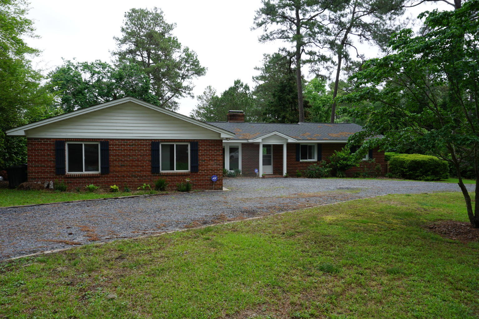 4  Dixie Drive, Whispering Pines in Moore County, NC 28327 Home for Sale