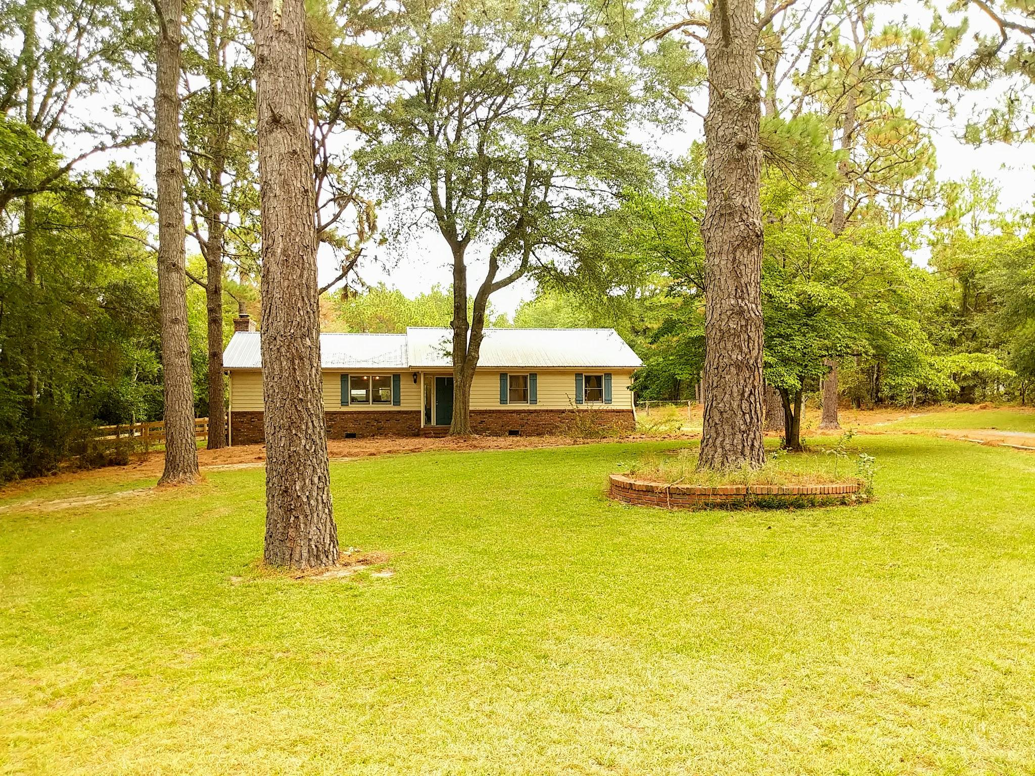 416  Foxfire Road, Aberdeen in Moore County, NC 28315 Home for Sale